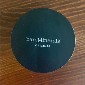 bareMinerals Makeup - 1 bareMinerals Medium Beige foundation
